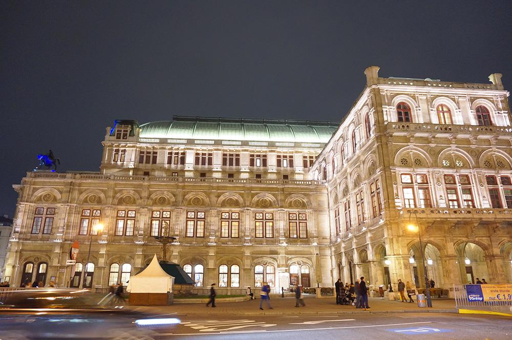 ウィーンで観よう